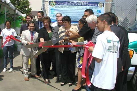 City of Commerce Mayor Tina Baca Del Rio (center), city officials, and representatives from industry groups that supported the station cut the ribbon during the CNG/LNG grand-opening ceremony.